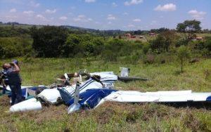 aviao 696x435 1 300x188 - URGENTE : Morre filho de Deca do Atacadão em acidente aéreo, no interior de SP